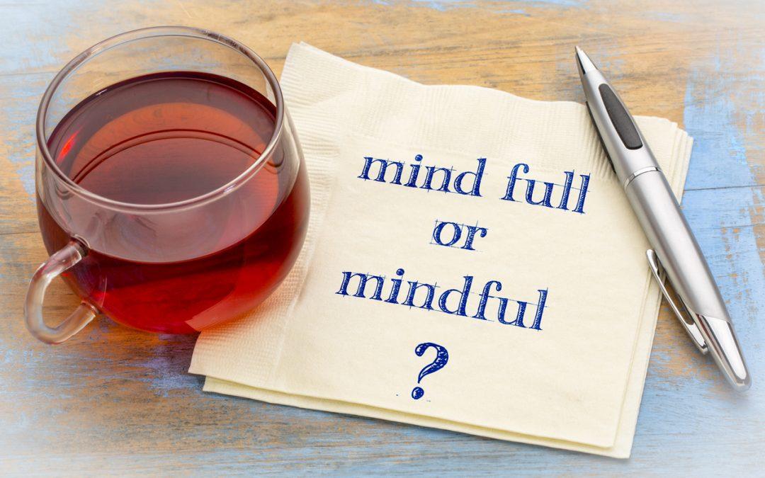 Sind Achtsamkeit und Meditation nun in oder out? Ein Überblick.